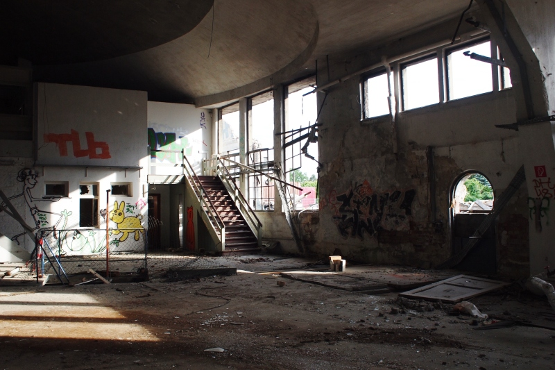 urban exploring berlin